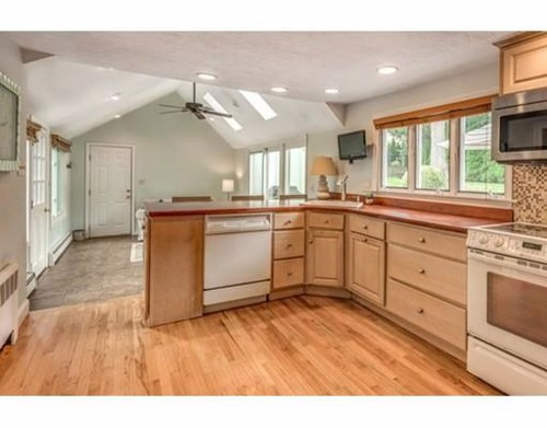 57 Locksley Road Lynnfield Ma 01940 Mls 72387629